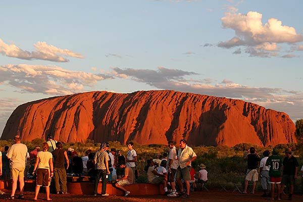 Ayers Rock (Uluru) - Geographical issues today